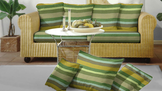 uwe pfennig stellt sich und seine m bel aus eberswalde auf dieser seite vor. Black Bedroom Furniture Sets. Home Design Ideas
