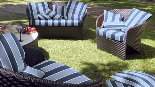 das aufarbeiten von m bel in eberswalde geh rt zum service von uwe pfennig dazu. Black Bedroom Furniture Sets. Home Design Ideas